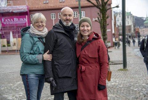 Lysdesigner Kristin Bredal og landskapsarkitektene Inge Dahlman og Charlotte Hvidevold Hystad mener prosjektet gir gode muligheter til å begeistre bergenserne.