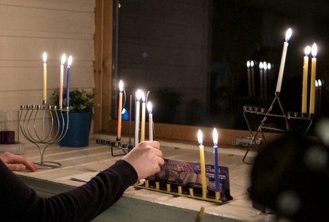 BA var med jøder på hanukka-feiring på skjult adresse i Bergen før jul.