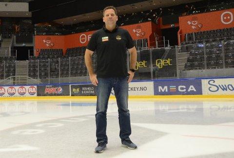 Heier på andre: Daglig leder i Stavanger Oilers, Terje Haukali, har invitert Randabergs vollyballdamer til DNB Arena torsdag denne uken.