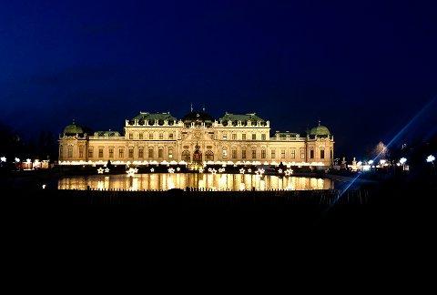 JULESTEMNING: ISchloss Belvedere i Wien.