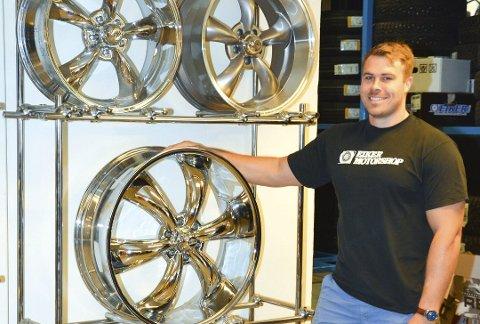 STRELEDER: Magnus Brattensborg tar over styreledervervet i Eiker Motorshop AS, hvor han allerede er daglig leder.
