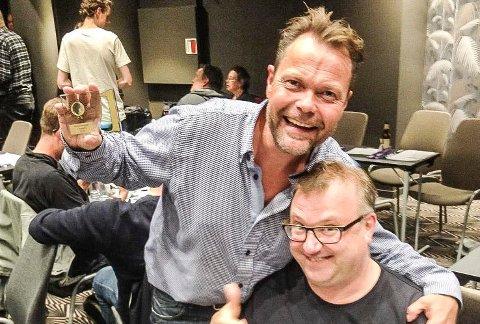 QUIZEKSPERT: Bjørn Erik Lobben (t.v.) er mange ganger norgesmester i Quiz, og starter nå eget quiz-firma. Her er han sammen med Ole Martin Halck.