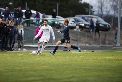 NEDTUR: Mindre rutine og flere unggutter. Det kan gi Modum FK et løft i årene som kommer, men konsekvensen er at laget blir svakere i år enn foregående år. (FOTO: FREDERIK RINGNES)FOTO: Frederik Ringnes