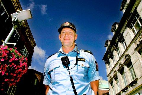 SAMARBEID: Ordenssjef i Politiet, Inge Jensen, ønsker en god dialog med beboere og næringsdrivende i Gamlebyen under store arrangementer, som Månefestivalen.