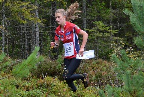 Marie Olaussen hadde full kontroll ved passering snaue halvveis i sitt gulløp.