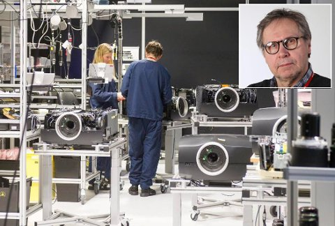 Produksjonen av Barco- projektorer flyttes til Belgia. Tillitsvalgt Bjørn Dalheim (innfelt) sier det er mye usikkerhet blant de ansatte.