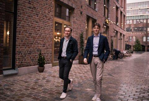 UNGE LOVENDE: André Lier og Emil Hamborgstrøm startet sin første bedrift allerede som 16-åringer.