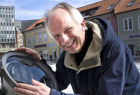 Opptatt av studentbyen: Næringssjef Helge Hasvold sier at Høgskolen i Østfold har stor betydning for næringslivet og arbeidsplassene i Fredrikstad. (Arkivfoto: Trond Thorvaldsen)