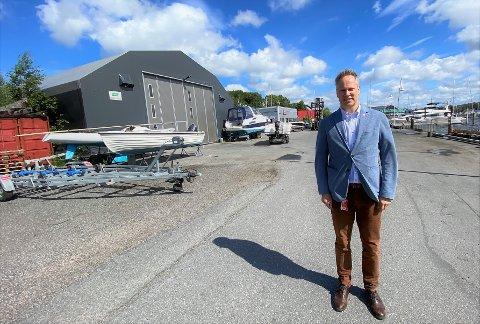 Ordfører Jon-Ivar Nygård reagerer på kritikken han fikk av flere politikere for håndteringen av arealplanen og fremtidig arealbruk ved Fredrikstad Marineservice  på Gressvik. Fylkesmannen  i Oslo og Viken har nå behandlet lovlighetsklagene og finner ingen feil.