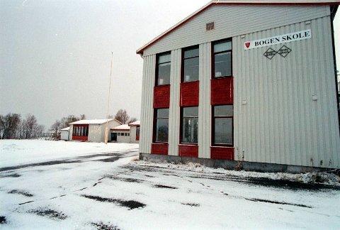TAS I BRUK: Gymnastikksalen på Bogen skole vurderes tatt i bruk når svømmebassenget og gymnastikksalen på Evenes skole på Liland skal rives. Dette arbeidet starter i uke to neste år.