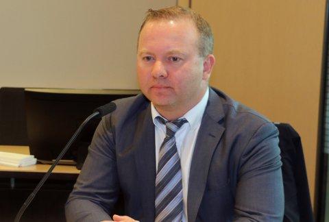 LEI BESKJED: Konsernleder Tomas Norager Haugan, her avbildet tidligere som advokat, bekrefter at de gjør betydelige nedskjæringer i rørleggerbemanningen til Totalrenovering.