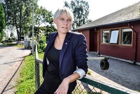 MISTILLIT: Maria Aasen-Svensrud (Ap) kjenner at stemningen på Stortinget spent, og tror den blir minst like spent når mistillitsforslaget skal behandles i morgen, tirsdag.