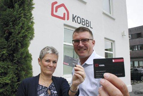 MEDLEMSKAP: KOBBL-medlemskapet er blitt et gullkort i kampen om de 3300 KOBBL-tilknyttede boligene i Kongsvinger. Marianne Brandborg Hansen og Sven O. Nylænder vet hva de anbefaler.FOTO: BÅRD ENGH