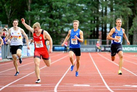 Håkon Morken (nummer to fra høyre) fikk den sure fjerdeplassen på 200-meter i NM.