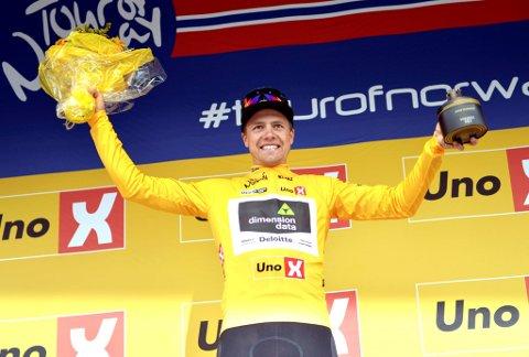 Det er slik man liker å se Edvald Boasson Hagen i Tour of Norway. På toppen av seierspallen, og i år har han med seg et veldig kjøresterkt lag.