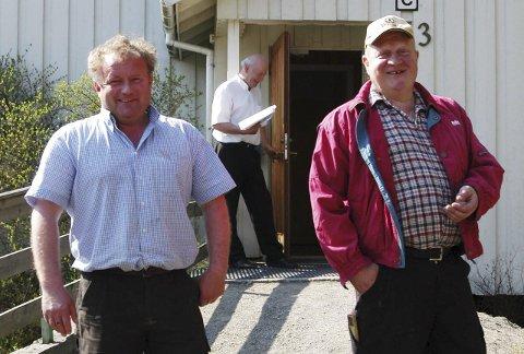 NYE EIERE: Roger (til venstre) og Håkon Nyhus i Hadeland Næringshage har gått inn som eiere til bankbygget i Brandbu. Arkivfoto
