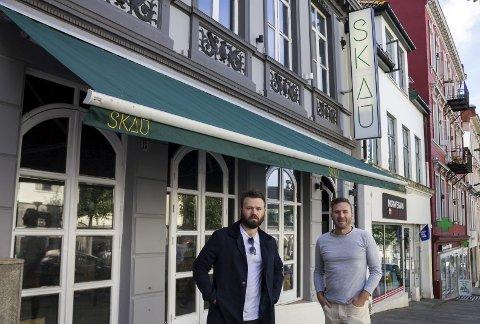 Skau: Brødrene Bøen Gravdal har saman med ein gjeng venner jobba lenge med konsept til ny bar i Bergen. Neste helg opnar Skau dørene i Vetrlidsallmenningen.foto: Julia Filipovskaya