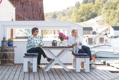 KAI: Kaia utenfor fungerer ypperlig som en terrasse. Her tilbringer Ingrid og Kristin Lønning mye tid.