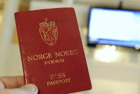 FORFALSKING: En mann av utenlandsk opprinnelse har bodd 11 år i Norge på falske dokumenter.