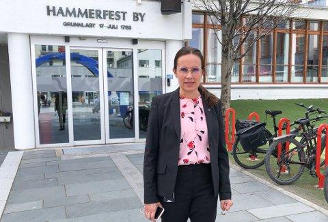 GÅR INN PÅ HENNE: Ordfører Marianne Sivertsen Næss sier situasjonen i Hammerfest går inn på henne. Foto: Trond Ivar Lunga