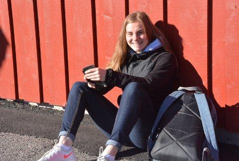 SAVNET: Det er deilig å være tilbake på skolen igjen, sier tiendeklassingen Bobbie Måhr ved Sannidal ungdomsskole. Klikk på pilene eller sveip for å se flere bilder.