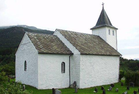 Ænes kyrkje:  Skal brannsikrast med sprinklaranlegg.arkivfoto