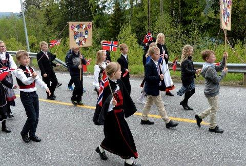 HIPP HURRA: Efteløt har eget barnetog. Bildet er fra et tidligere år.