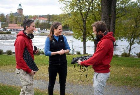 GAMINGCAMP: Søstrene Storaas, her representert av Henriette Storaas, og King of The Hills-gutta Andreas Storaas-Barsnes (til venstre) og Fredrik Grøslie samarbeider om en populær gamingcamp.