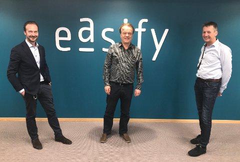 Kjøpt opp: Lier-bedriften Easify er blitt kjøpt opp av Visolit. Leif Overn (midten) var med å grunnlegge selskapet og er nå partner. T.v. Konsernsjef Erik Godard og t.h. leder for salg og service Åsmund Gravdal.  Begge er partnere i selskapet.