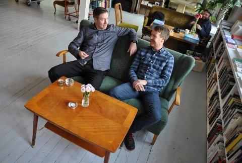 """NY BOK: Rune Markhus og Agnar Lirhus har samarbeidet tidligere. Søndag lanseres bildeboka """"Gutten og det glødende treet"""" på House of Foundation."""