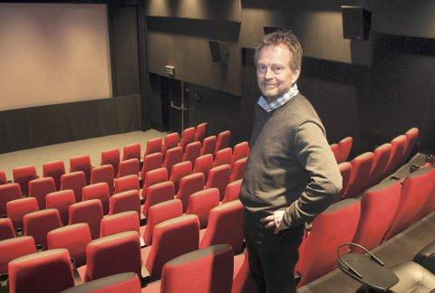 LITE FOLK: Kinosjef Espen Jørgensen må bare konstatere at folk ble hjemme i stedet for å gå på kino i januar.