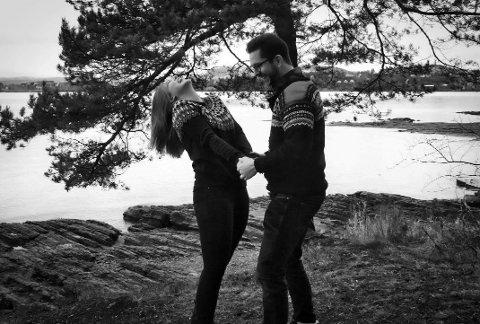 DANSEGLADE: Åshild og Martin møttes på en dansefest i 2013, og elsker å danse sammen. Men mye av det de klarte før, er tatt fra dem etter ulykken.