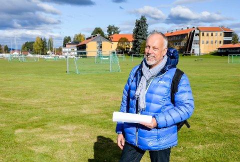 USIKKERT FOR MØTEPLASSEN: Styrelder Roy Heine Olsen er bekymret for møtetilbudet i Elverum under og etter korona-stengingen.