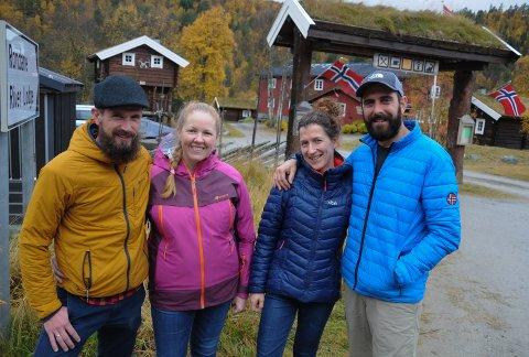 DOBBELT BELGISK:  Benjamin Taeymans og Karin De Rooy  (til venstre) har inngått samarbeid med Ellen Vantorre og Bart Claeys om driften av Rondane River Lodge.