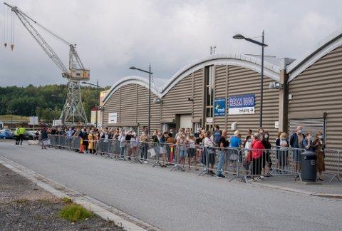 Populært: Det var stor tilstrømning første dag Fredrikstad åpnet for dose to til de prioriterte gruppene.