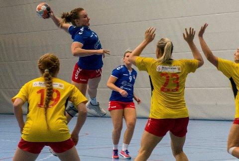 Mina Gustavsen, HSK