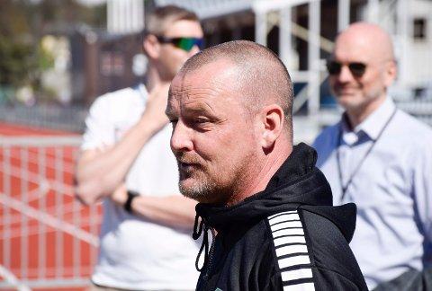 HAR KONTROLL FØR STORKAMPEN: Knut Emil Kolstø, daglig leder i Hønefoss Ballklubb.