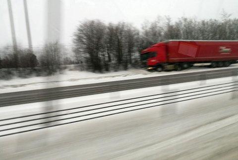 E6: Dette vogntoget sto i grøfta mellom Kløfta og Jessheim. FOTO: NANDOR TAMAS
