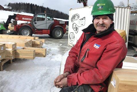 Mister jobben: Jan Hermann Rasmussen er en av de 84 ansatte i S-Bygg AS som nå mister jobben. Foto: Thor Fremmerlid