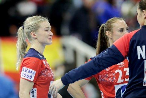 Stine Bredal Oftedal var nærmest utrøstelig etter semifinaletapet mot Spania. Foto: Vidar Ruud / NTB scanpix