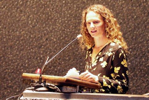 BEKYMRET: MDGs Hanne Lisa Matt er redd for at fylkeskommunen går for en billigere løsning for ny Røykenhall.