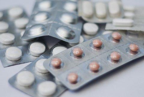 RESEPTBELAGTE MEDISINER: Komplett Apotek selger mye av potensmidler og p-piller.