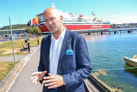 NEDBEMANNING: Konsernsjef i Fjord Line, Rickard Ternblom, opplyser at det vil bli kutt i antall sandefjordsstillinger, men det er foreløpig usikkert om hvor mange som rammes.