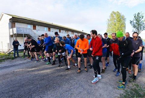 MANGE: Det var mange på startstreken i Torsdagsløpet også denne uken.