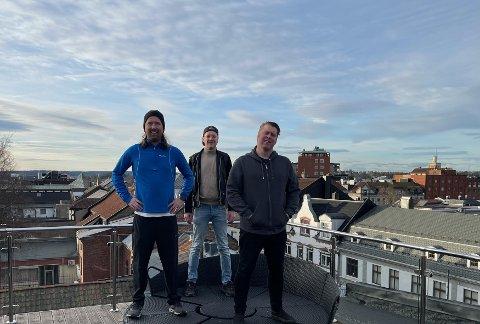 Påskehygge: Jørgen Andersen (fra venstre), Martin Kristiansen og Jonas Groth har gått sammen om å lage underholdning på sa.tv påskeaften.