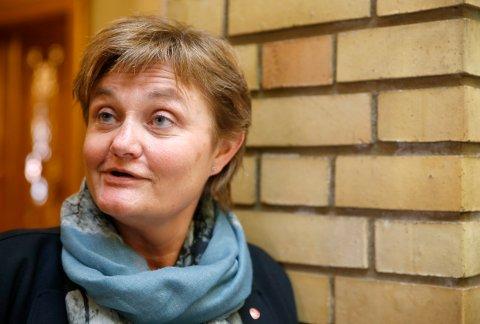 *** Local Caption *** Rigmor Aasrud (Ap) ha en slutt på at 8.300 står i barnehagekø.