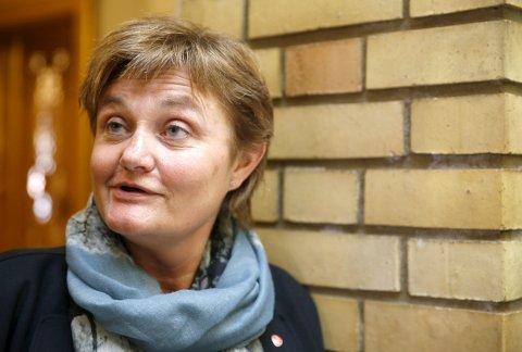 Kritisk: Rigmor Aasrud (Ap) er kritisk til regjeringens statlige finansierte eldreomsorg. Foto: Terje Pedersen, NTB scanpix