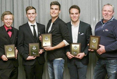 FIKK GULLRATTET: Thomas Bryntesson (nummer to fra venstre) fikk tildelt Gullrattet sammen med Aleksander Bjørnstad, Fredric Aasbø, Ole Christian Veiby og Jørgen Paulsen.
