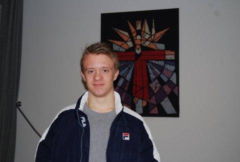 Samuel Erøy (16) fra Eidsberg liker å være troende, selv om han synes det noen ganger er vanskelig.