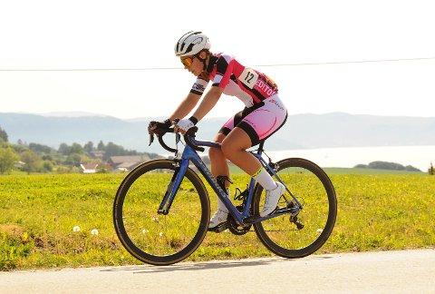 I TOPPEN: Kinga Kalica er noe så sjeldent som et lokalt sykkeltalent som hevder seg i junior-NM og nasjonale ritt.